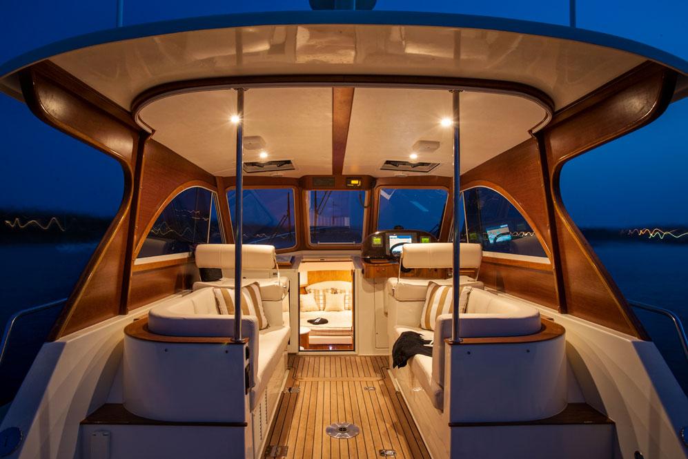 Legacy 32 Interior